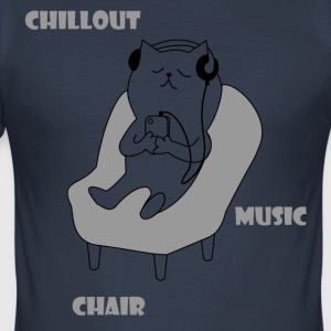 Chiller cat - Men's Slim Fit T-Shirt