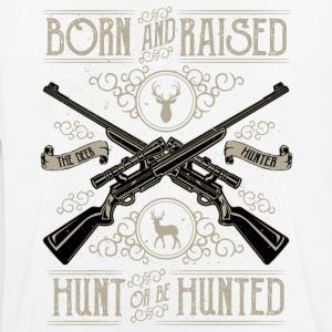 Hunt or be hunted - hunting hunter shirt - Men's Breathable T-Shirt