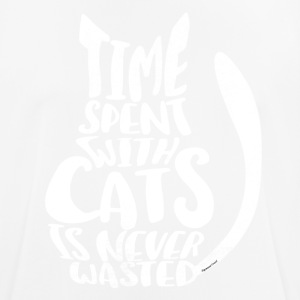 time spent with cats is never - Sigmund Freud - Männer T-Shirt atmungsaktiv
