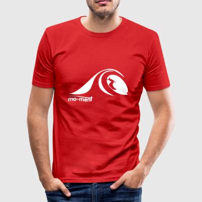 Surfing the Wave  - Männer Slim Fit T-Shirt