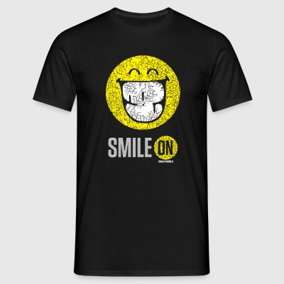 SmileyWorld Put On Your Smiley Face - Camiseta hombre