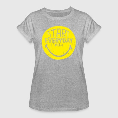SmileyWorld Start Everyday With A Smile - Frauen Oversize T-Shirt