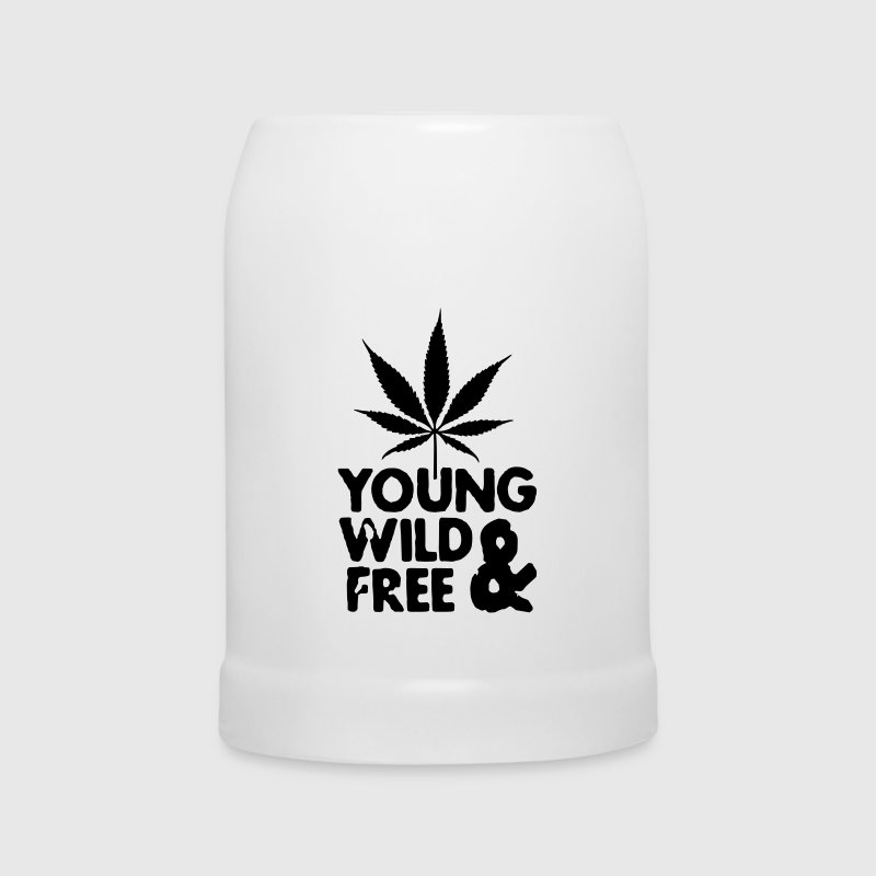 young wild and free weed leaf Flaschen & Tassen - Bierkrug