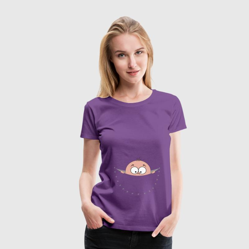 pregnant pregnancy baby bag pouch belly looking T-Shirts - Women's Premium T-Shirt