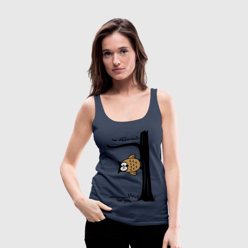 Eule auf Baum be different, be you Tops - Frauen Premium Tank Top