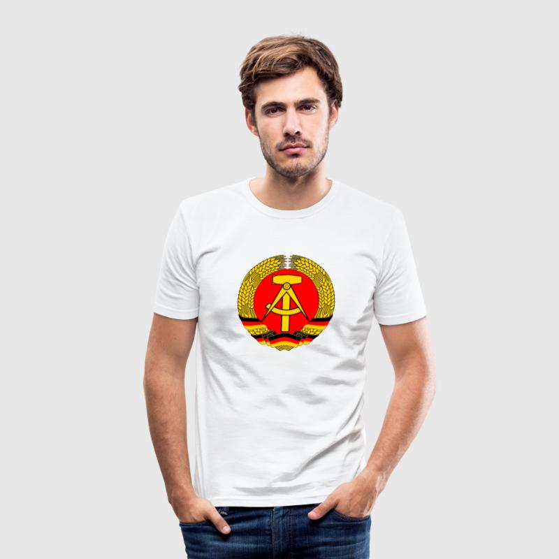 East Germany Crest Flag Wreath GDR DDR Emblem T-Shirts - Men's Slim Fit T-Shirt