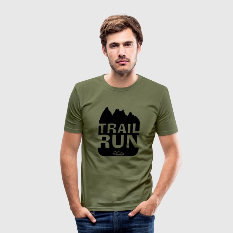 Trail Run T-Shirts - Männer Slim Fit T-Shirt