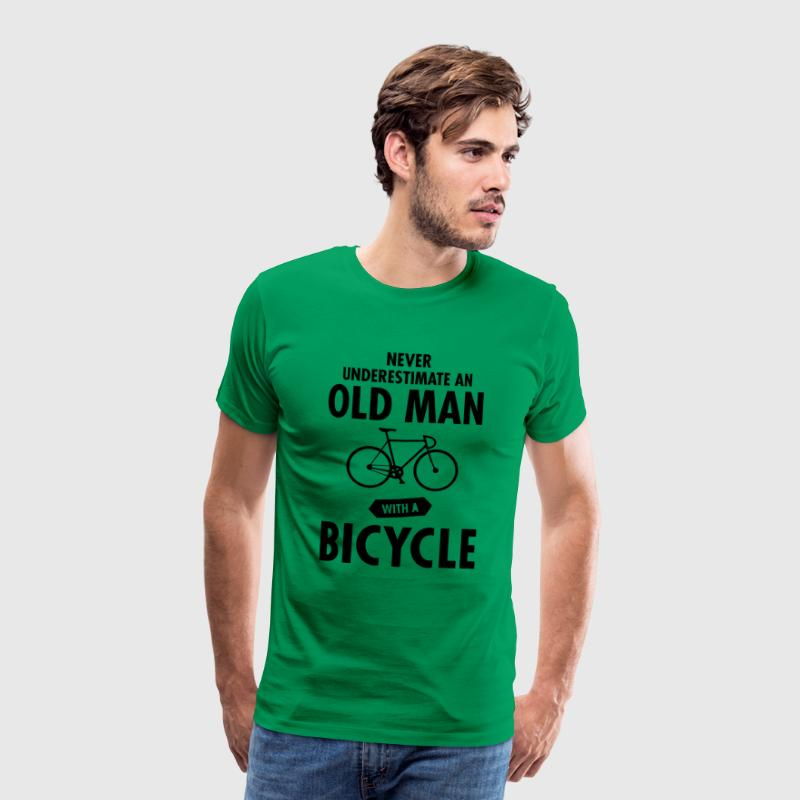 Never Underestimate An Old Man With A Bicycle T-skjorter - Premium T-skjorte for menn