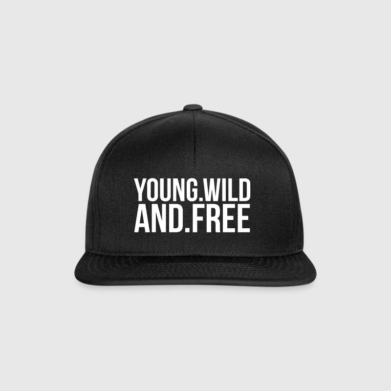 YOUNG AND FREE Caps & Mützen - Snapback Cap