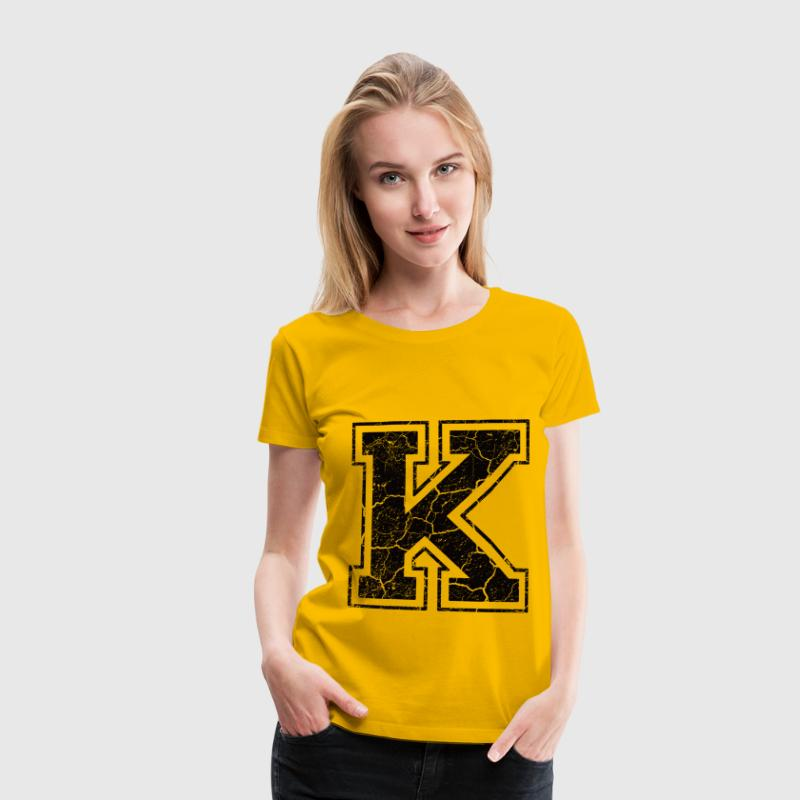 Letter K in the grunge look T-Shirts - Women's Premium T-Shirt