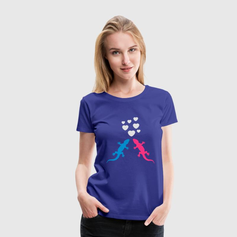 Gecko in Love T-Shirts - Women's Premium T-Shirt