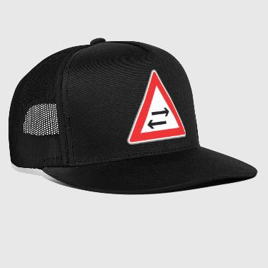 Road sign left right - Trucker Cap