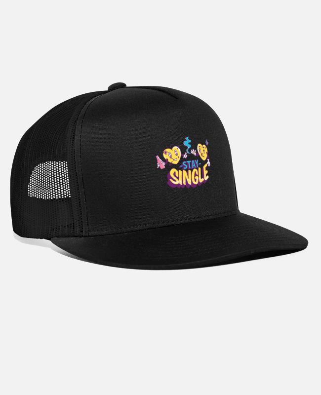 Heart Caps & Hats - Stay Single Valentines Day - Trucker Cap black/black