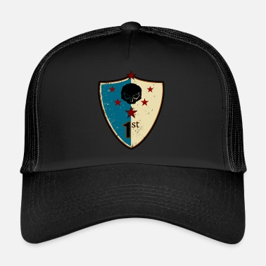 Family Crest Vintage retro shield crest - Trucker Cap