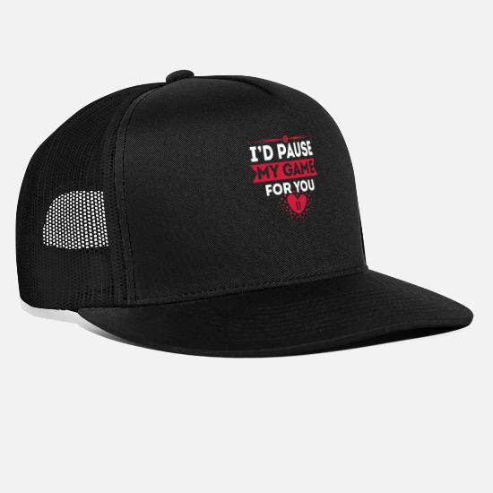 Love Caps & Hats - Love Declaration Game Pause Confession Nerd - Trucker Cap black/black