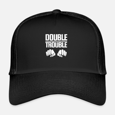 Poingt Conception de lettrage Double Trouble poings - Trucker Cap