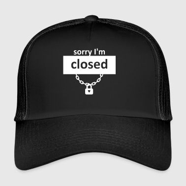 wite heartclosed - Trucker Cap