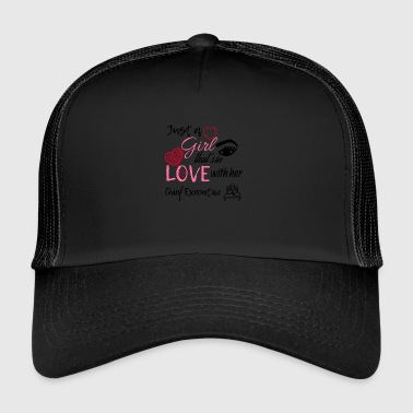 A girl that's in love with her Chief Executive - Trucker Cap