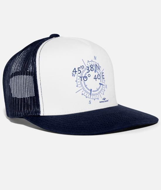 Sail Boat Caps & Hats - Garda Lakers compass - Trucker Cap white/navy