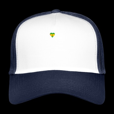 home roots queen love from heart Sa o Tome and Pr - Trucker Cap