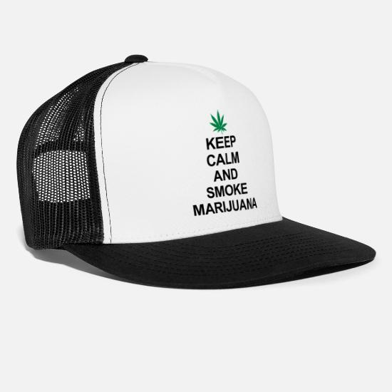 Marijuana Cappelli & Berretti - Keep Calm And Smoke Marijuana - Cappello trucker bianco/nero