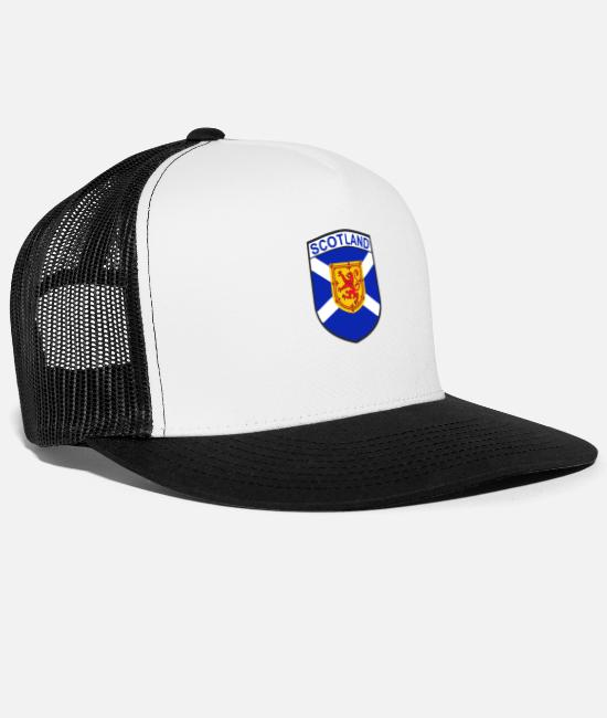 Shield Caps & Hats - scotland - Trucker Cap white/black