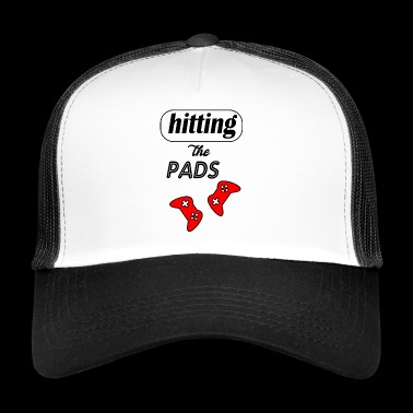 hitting the pads - Trucker Cap