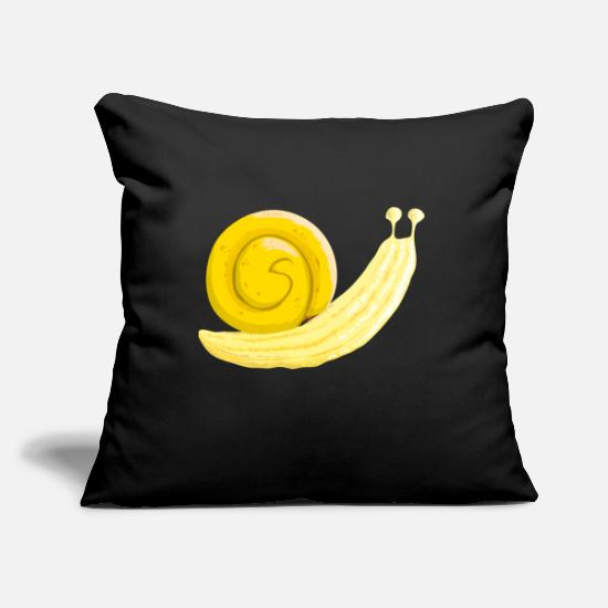 Food Collection Pillow Cases - Banana snail - Pillowcase 17,3'' x 17,3'' (45 x 45 cm) black