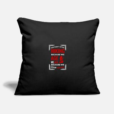 Canyon We don't stop hiking because we get older - Pillowcase 17,3'' x 17,3'' (45 x 45 cm)