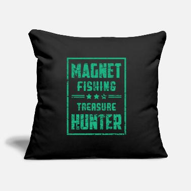 The Magnet Magnet Fishing Treasure Hunter - Pillowcase 17,3'' x 17,3'' (45 x 45 cm)