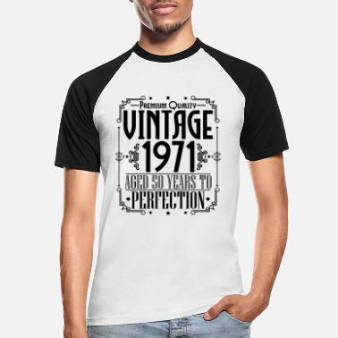 Round Born in 1971 Vintage Birthday Gift - Men's Baseball T-Shirt