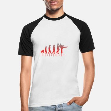 Karate Karate mit Evolution - Karate with evolution - Männer Baseball T-Shirt