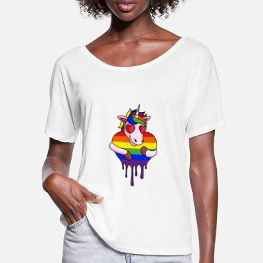 LGBT CSD unicorn with rainbow heart gift - Women's Batwing T-Shirt