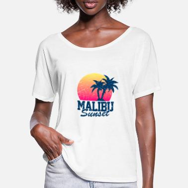 Malibu Malibu Sunset Worn - Women's Batwing T-Shirt