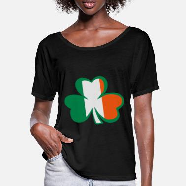 Most Bucket List Languages To Learn People To Meet And Fall In Love Countries To Visit And Travel To ♥ټ☘Rub the Irish Shamrock to Get Lucky☘ټ♥ - Women's Batwing T-Shirt
