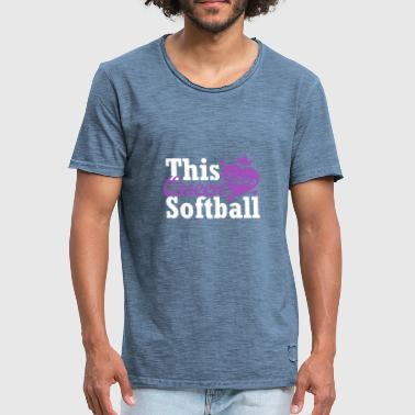 This queen loves softball - Men's Vintage T-Shirt