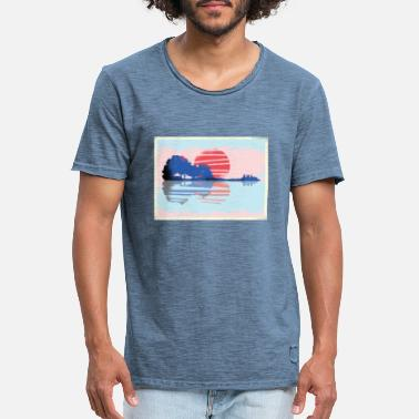 Trendy Lake with guitar and sunset - Men's Vintage T-Shirt
