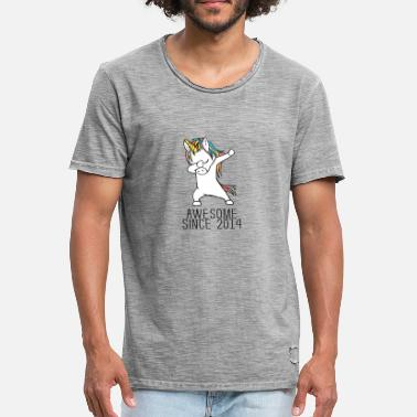 4th Birthday Awesome Since 2014 Dabbing Unicorn 4th GB Gift - Men's Vintage T-Shirt