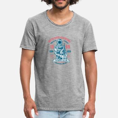 Outerspace Outerspace Adventure 69 - Men's Vintage T-Shirt