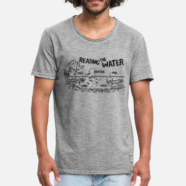 Pike Fishing Pike Fishing: Reading the water - Men's Vintage T-Shirt