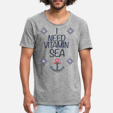 Vitamin I need Vitamin SEA - Männer Vintage T-Shirt