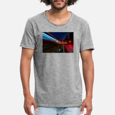 Train passage at the Nierstein level crossing - Men's Vintage T-Shirt