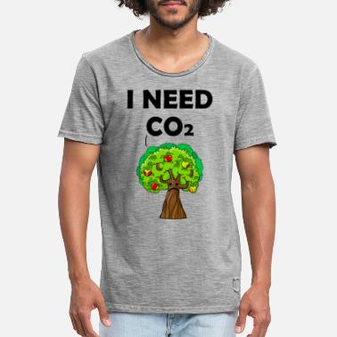 co2 is good for the world - Men's Vintage T-Shirt