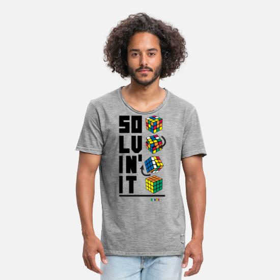 Geek T-Shirts - Rubik's Cube Solvin' It - Men's Vintage T-Shirt vintage gray