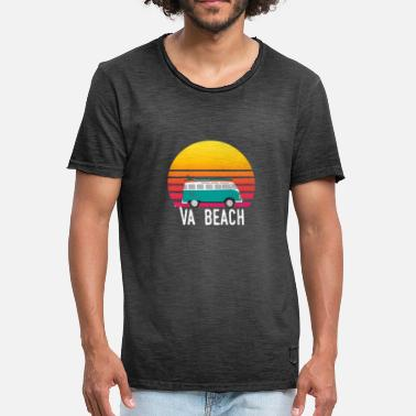 Virginia Beach VA plage coucher de soleil surfer sur Hippie Van Art Virginia - T-shirt vintage Homme