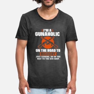 Civil War I am a gunaholic on the road to recovery - Men's Vintage T-Shirt