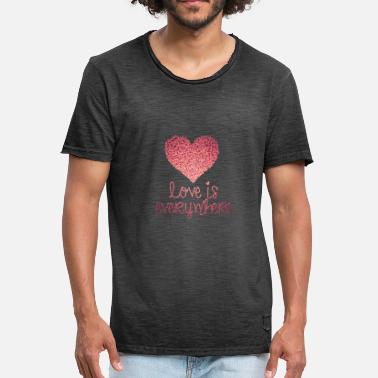 Glam Rock Glitter heart love is everywhere - Men's Vintage T-Shirt