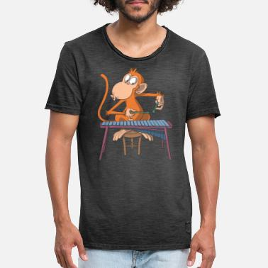 Classic Rock Monkey plays marimba xylophone - Men's Vintage T-Shirt