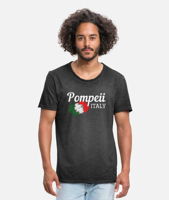 Wine T-Shirts - Pompeii Italy Cool Travel Souvenir - Men's Vintage T-Shirt washed black