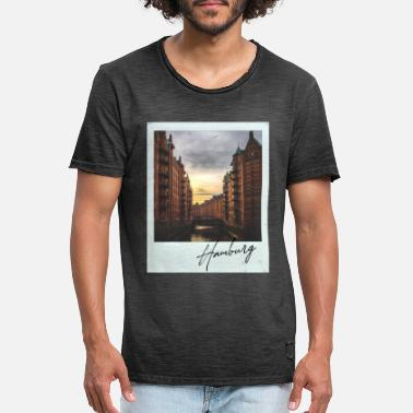 Polaroid Hamburg Speicherstadt on Polaroid - Men's Vintage T-Shirt